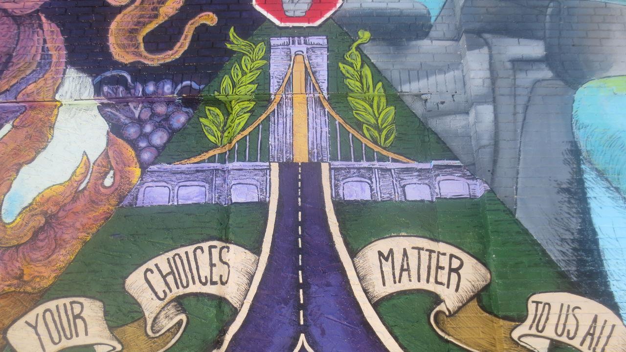 The Crossroads / La Encrucijada